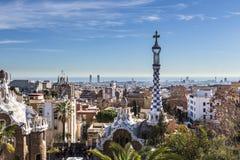 Opinião da cidade de Barcelona do parque Guell imagem de stock royalty free