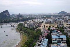 Opinião da cidade de Guilin Fotos de Stock Royalty Free