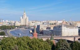 Opinião da cidade de Moscou, ² а do  кРdo ¾ Ñ de Rússia/ÐœÐ, do  Ð¸Ñ do  Ñ do ¾ Ñ de Ð Ð Foto de Stock