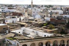 Opinião da cidade do EL Jem do anfiteatro romano de Thysdrus, uma cidade no governorate de Mahdia de Tunísia foto de stock royalty free