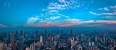 Opinião da cidade do panorama do SHANGHAI, CHINA Fotos de Stock Royalty Free