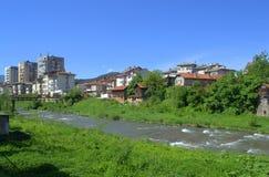 Opinião da cidade e do rio de Troyan Foto de Stock Royalty Free