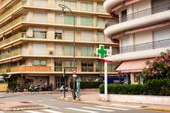 Opinião da cidade Roquebrune-Tampão-Martin bonito fotos de stock