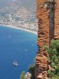 Opinião da costa de Alanya imagens de stock