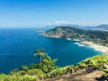 Opinião da costa de Itacoatiara da praia Imagens de Stock Royalty Free