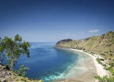 Opinião da costa e da praia perto de dili no leste de Timor-Leste Imagem de Stock Royalty Free
