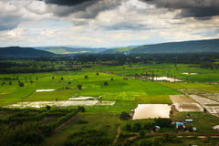 Opinião da estação das chuvas das montanhas do ponto culminante Doi Suthep 2 Foto de Stock Royalty Free