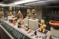 Opinião da estatueta de Olmec foto de stock royalty free