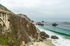 Opinião da estrada da Costa do Pacífico Fotografia de Stock Royalty Free