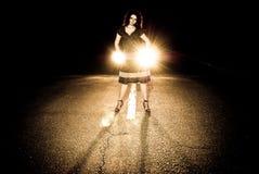 Opinião da estrada da noite Fotos de Stock Royalty Free