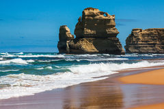 Opinião da luz do dia da praia em Gibson Steps em doze apóstolos por Gre Imagem de Stock Royalty Free
