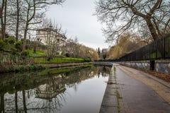 Opinião da manhã do canal dos regentes, Londres Fotografia de Stock