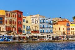Opinião da manhã do porto velho de Chania na Creta, Grécia Chania é a cidade segundo maior de Crete imagens de stock royalty free