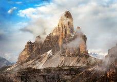 Opinião da manhã Drei Zinnen ou Tre Cime di Lavaredo Imagem de Stock Royalty Free