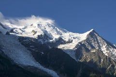 Opinião da manhã Mont Blanc em junho Alpes franceses Imagem de Stock