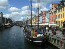 Opinião da margem, área de Fishermams, Copenhaga, Dinamarca Fotos de Stock Royalty Free