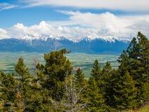 Opinião da montanha e do vale fotos de stock royalty free