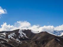 Opinião da neve de Muktinath com helicóptero Imagens de Stock Royalty Free