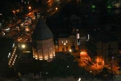 Opinião da noite da cidade velha de Tbilisi imagem de stock