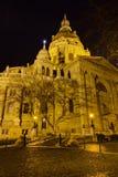 Opinião da noite da basílica de Stephen de Saint, Budapest Imagem de Stock Royalty Free