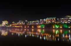 Opinião da noite da cidade antiga do fenghuang Imagens de Stock Royalty Free
