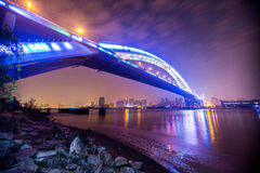 Opinião da noite da ponte Foto de Stock