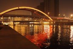 Opinião da noite da ponte de Tianjin Jingang Fotos de Stock