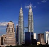 Opinião da noite da skyline do quilolitro, Kuala Lumpur, Malásia Imagem de Stock Royalty Free