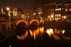 Opinião da noite de Amsterdão Imagem de Stock Royalty Free