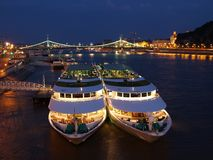 Opinião da noite de Budapest Foto de Stock