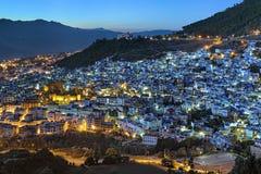 Opinião da noite de Chefchaouen, Marrocos Fotografia de Stock