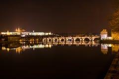 Opinião da noite de Praga. República Checa Fotos de Stock