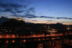 Opinião da noite de Salzburg Fotografia de Stock Royalty Free