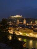 Opinião da noite de Salzburg Imagem de Stock Royalty Free