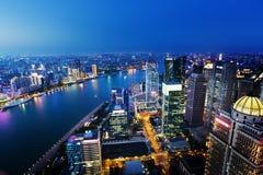 Opinião da noite de Shanghai, China Imagem de Stock Royalty Free