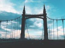 Opinião da noite de Yang Ming Tan Bridge foto de stock