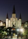 Opinião da noite na catedral de St Louis, Nova Orleães Imagens de Stock Royalty Free