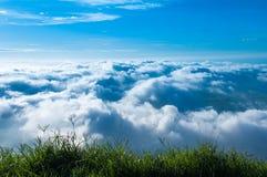 Opinião da nuvem Fotos de Stock Royalty Free
