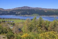 Opinião da paisagem de Loch Ness. Fotos de Stock Royalty Free