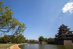 Opinião da paisagem do castelo de Matsumoto em Japão Imagens de Stock Royalty Free