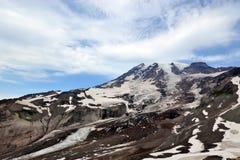 Opinião da paisagem do Mt rainier imagens de stock royalty free