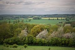Opinião da paisagem em campos Fotos de Stock Royalty Free