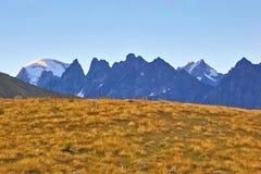 Opinião da paisagem no terreno montanhoso em Geórgia fotos de stock royalty free