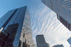 Opinião da parte superior do prédio de escritórios Imagens de Stock Royalty Free