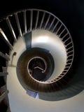 Opinião da parte superior na espiral de um farol Imagem de Stock