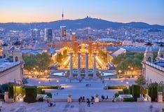 Opinião da praça d Espanya de Barcelona das escadas de Palau Nacional Imagens de Stock