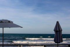 Opinião da praia Fotos de Stock Royalty Free