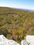 Opinião da queda na conserva do ponto do ` s de Sam em Cragsmoor NY Fotografia de Stock Royalty Free