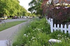 Opinião da rua da baixa do Niagara-em--lago na província de Ontário Foto de Stock