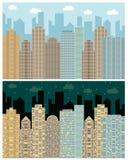 Opinião da rua com arquitetura da cidade, arranha-céus e construções modernas no dia e nigh Fotografia de Stock Royalty Free